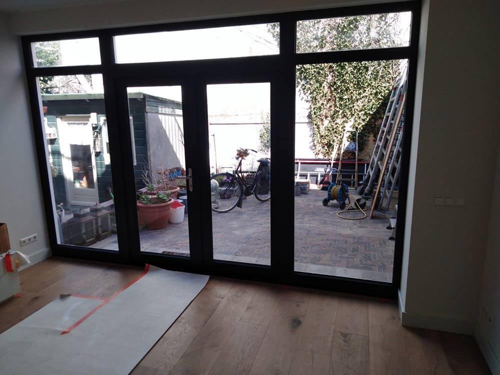 Koeleman Bouw Kozijnen vervangen Volledige renovatie inclusief nul op de meter rijtjeswoning Torricellistraat Amsterdam
