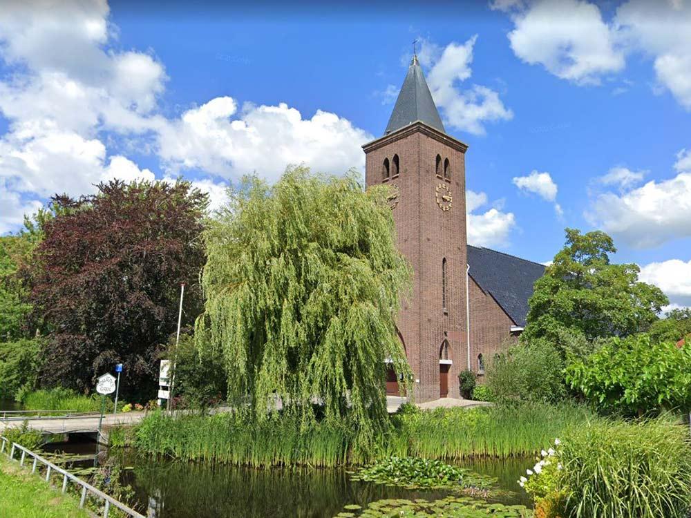 Koeleman Bouw Monumentenbeheer Herstelwerk ladderhaken Vervangen staal Kerk Noordeinde Zevenhoven